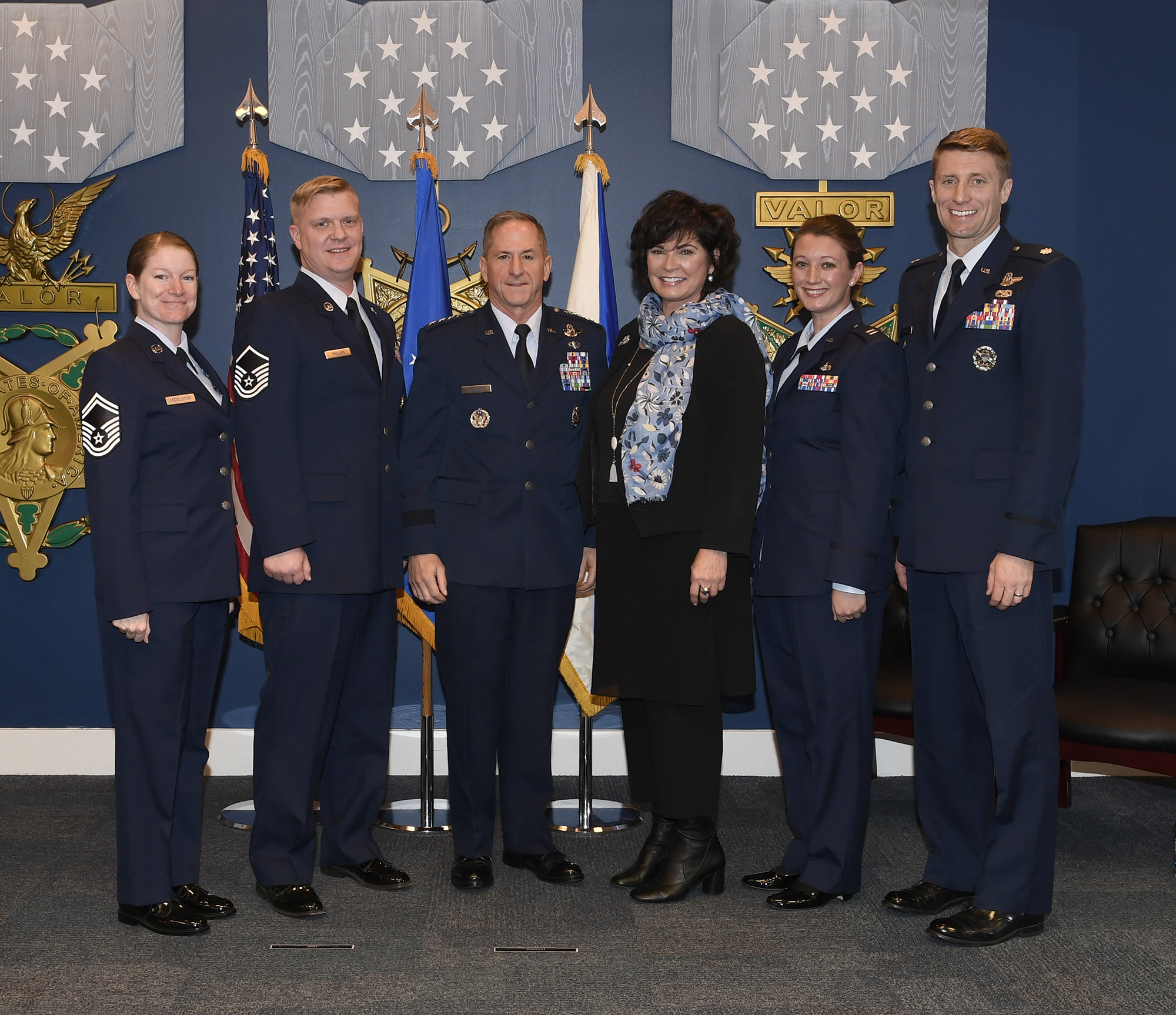 Pentagon hosts Sijan award presentation, first-ever resiliency event